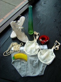 2008-erotisize-that-object-grab-bag