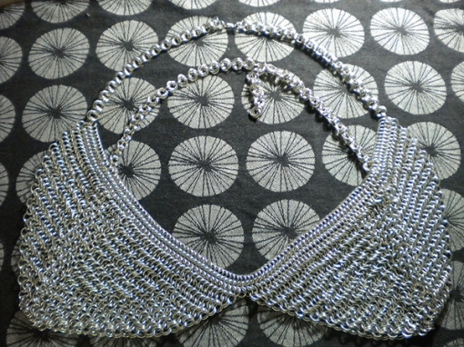 2011-cecilia-degroot-chainmail