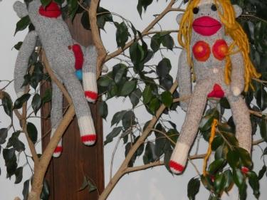 2012-feltigirl-monkeys